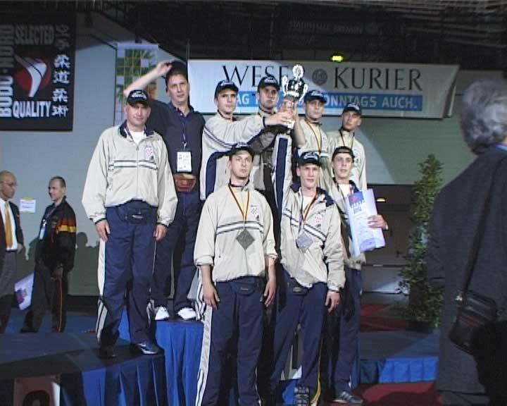 Чемпионат Европы 2003 в Бремене командное ката
