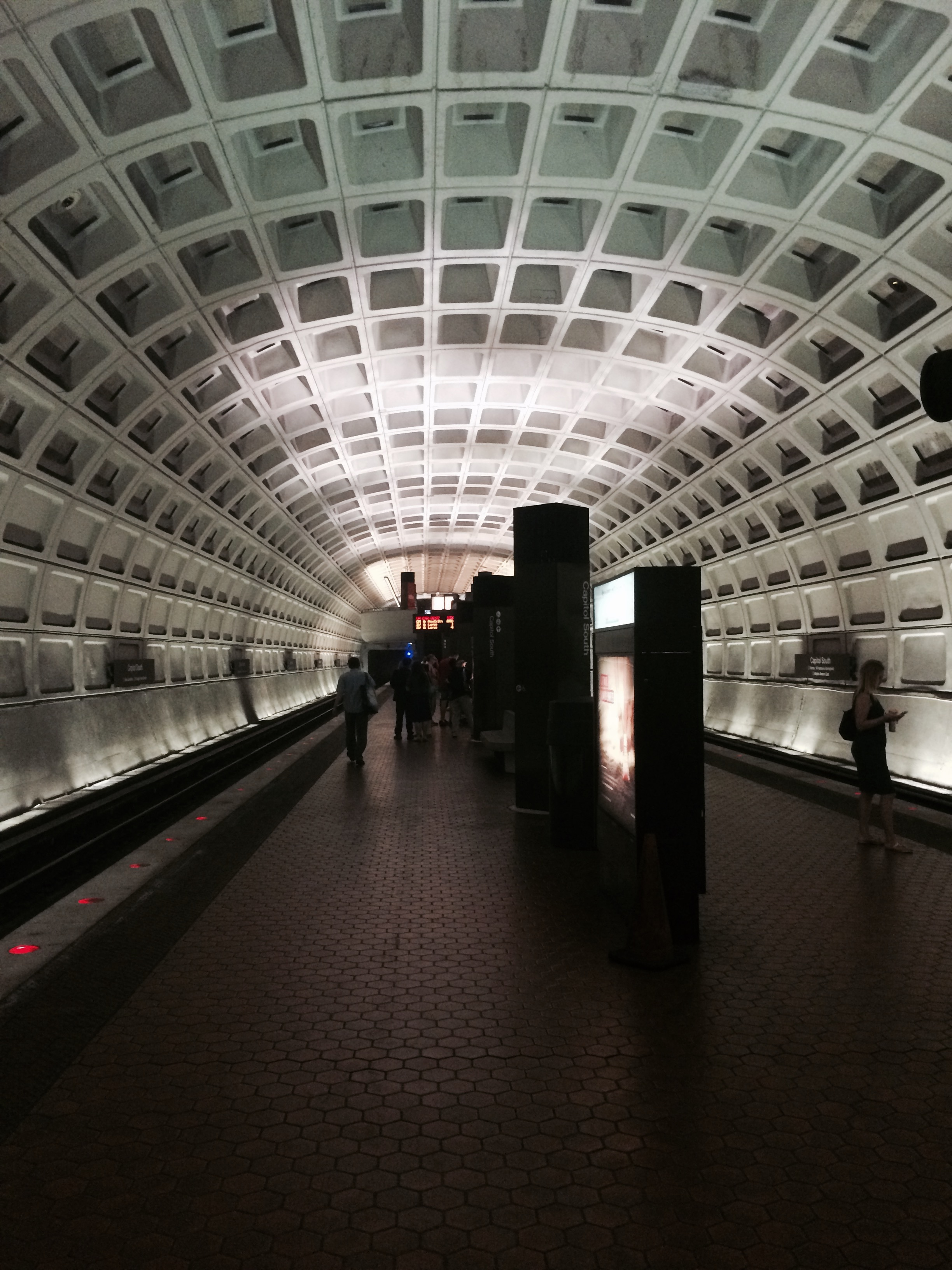 фото метро в Вашингтоне
