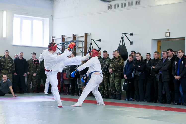 фото спортсменов Рукопашников