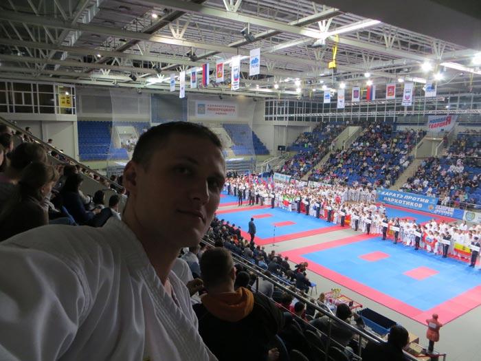 фотграфия-селфи с турнира по каратэ Горбатко